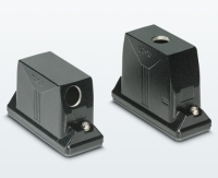 Heavy-duty connectors for outdoor applications