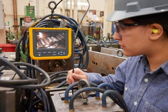 RSComponentswprowadzaprzemysłowewideoskopydozastosowańpodczasinspekcjisprzętu